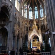 Ancient-gothic-temple-church-timelapse-in-europe_007 🔴  National Footage