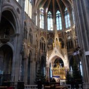 Ancient-gothic-temple-church-timelapse-in-europe_009 🔴  National Footage