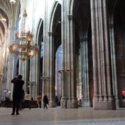 Tourism-travel-people-in-gothic-Vienna-Church-timelapse-_002 🔴  National Footage