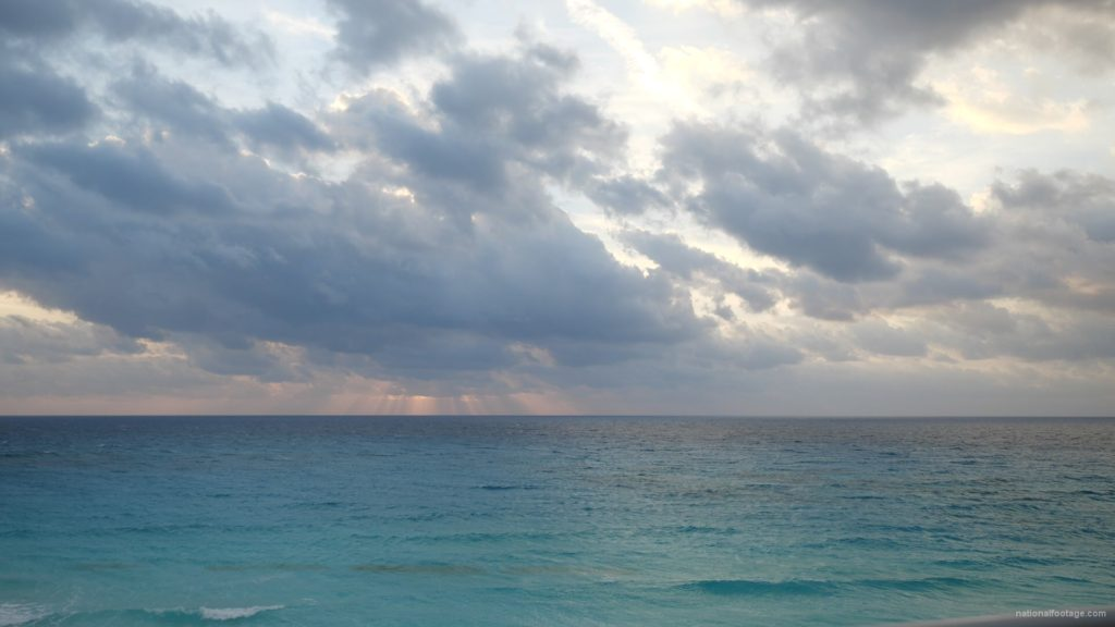 Beauty-clouds-and-sun-rays-timelapse-in-caribbean-sea-daylight-in-mexico_004 National Footage