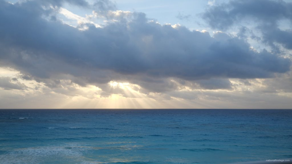 Beauty-clouds-and-sun-rays-timelapse-in-caribbean-sea-daylight-in-mexico_008 National Footage