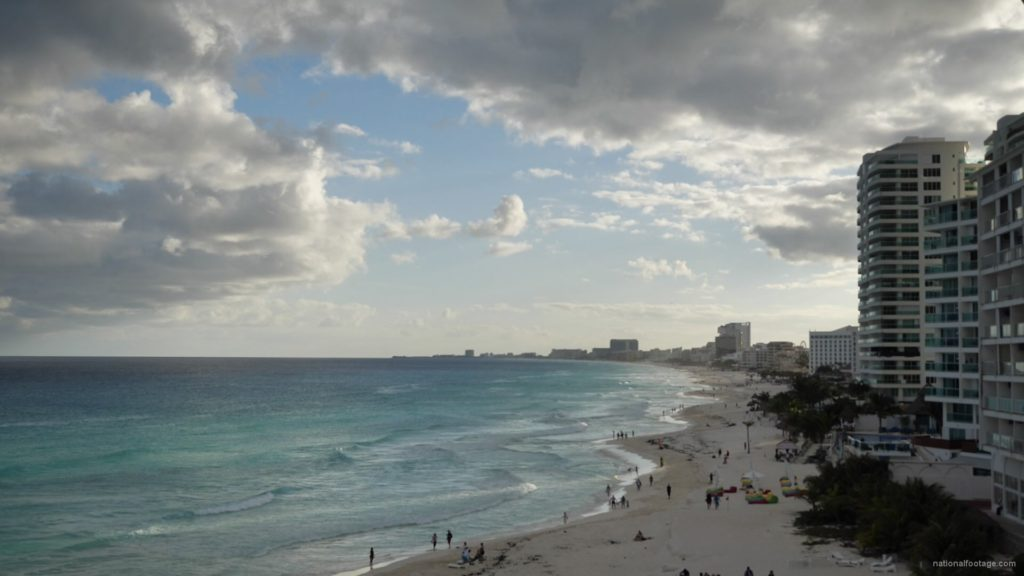 Long-beach-line-view-in-Cancun-Mexico-travel-timelapse_001 National Footage