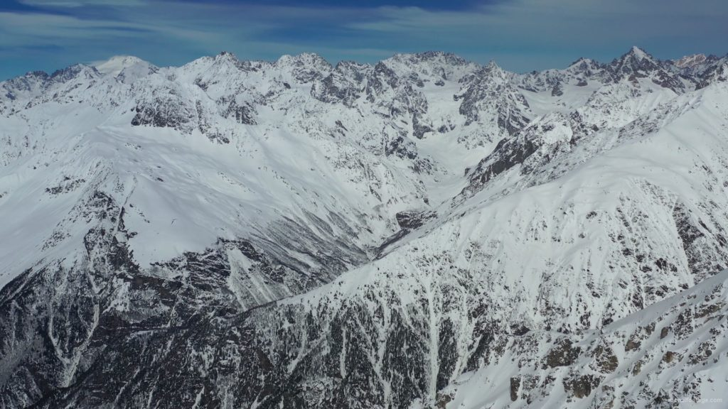 Amazing-snow-mountains-nature-in-Ultra-HD-Video_005 National Footage