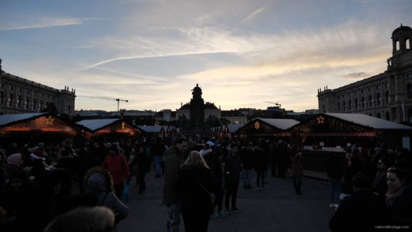 Daily-chistmas-market-in-vienna-in-daylight-timelapse_009 National Footage