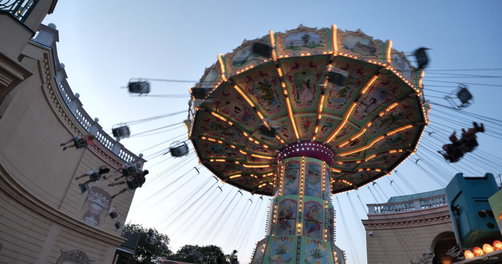 Incredible-Speed-Rotating-Wheel-Attraction-In-Prater-Vienna-Austria_001 National Footage