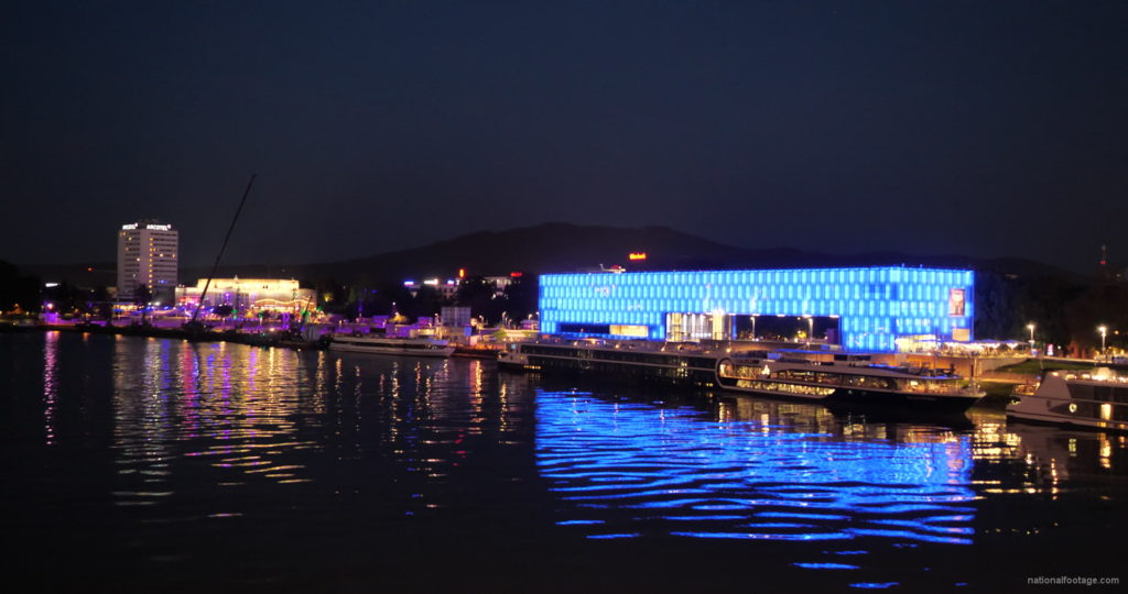 Marvelous-Night-on-Dunay-in-Linz-Linec-Austria-4K-25-fps-Live-Footage_004 National Footage