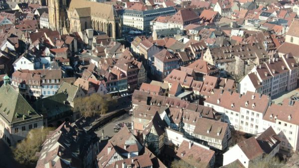 Sun-Medieval-Eropean-city-aerial-video-Ultra-HD_002 National Footage