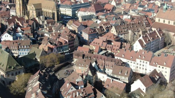 Sun-Medieval-Eropean-city-aerial-video-Ultra-HD_004 National Footage