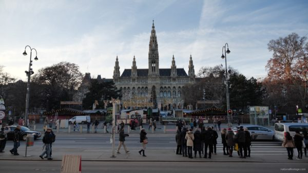 Timelapse-in-the-center-of-Vienna-Rathaus-Travel-people-tourists_009 National Footage