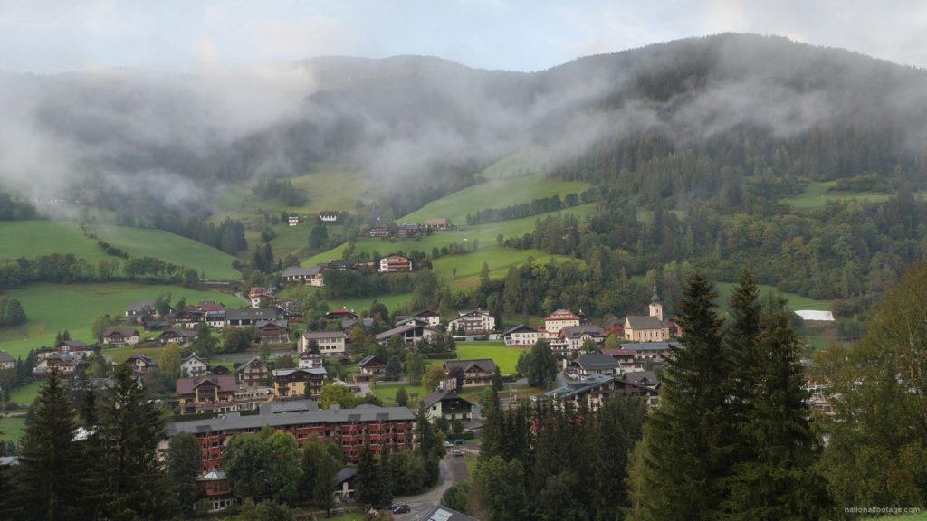 Timelapse-Full-HD-in-Austrian-Village-in-Alps-mountains_002 National Footage