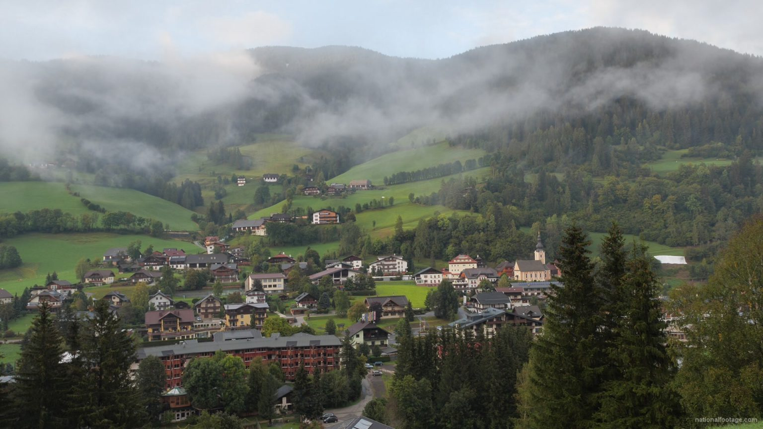 vj video background Timelapse-Full-HD-in-Austrian-Village-in-Alps-mountains_003
