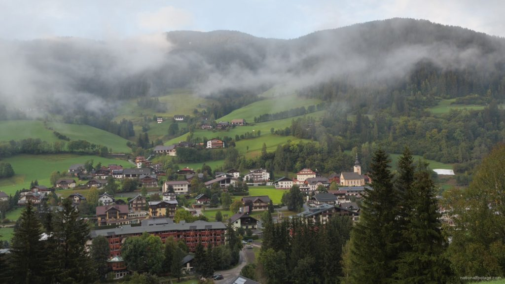 Timelapse-Full-HD-in-Austrian-Village-in-Alps-mountains_004 National Footage